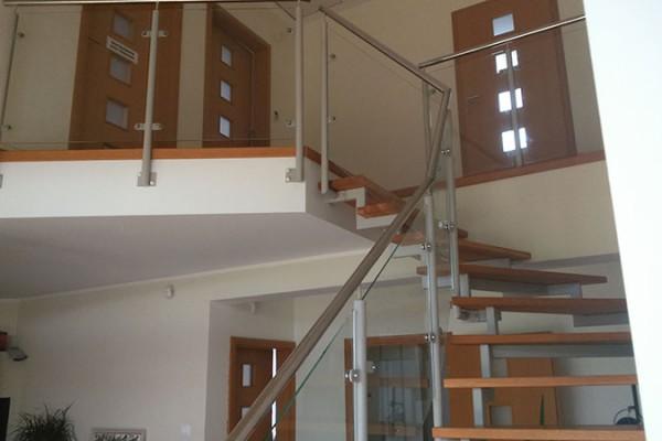balustrada1BE5BC12-ED4D-028C-8F94-84C8FAA87E68.jpg